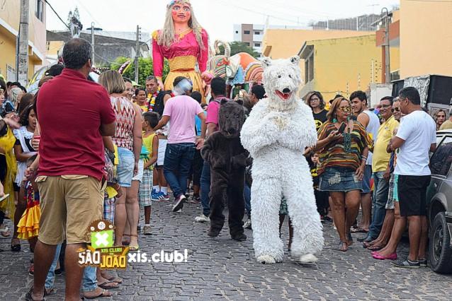 Desfile da troça do Urso Branco