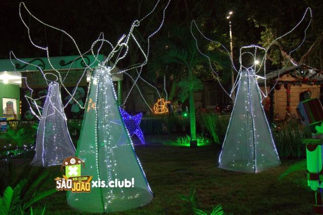 Inauguração da iluminação natalina da praça Winston Siqueira